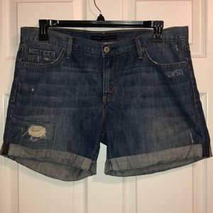 Ladies Levi's shorts
